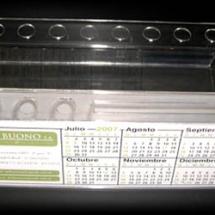 Calendario de acrilico con portalapicera