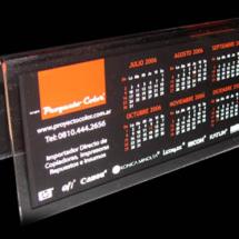 Calendarios de acrilico de 7 x 14 cm