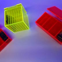 Cubos de acrilico en color fluorecentes