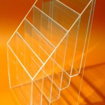 Portafolleto de acrilico con 5 divisiones