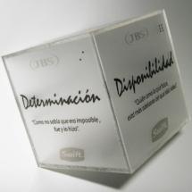 Portamicrofono en acrilico impreso y fondo esmerilado