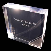 Premio de acrilico 22 mm de espesor grabado laser