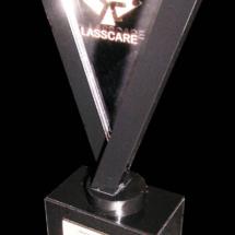 Premio de acrilico con cortes y grabado laser